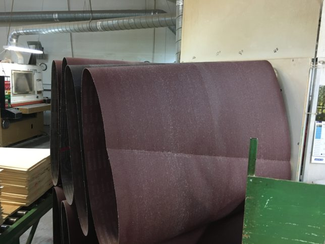 Big sandpaper for the machine that makes the tops a certain thickness.